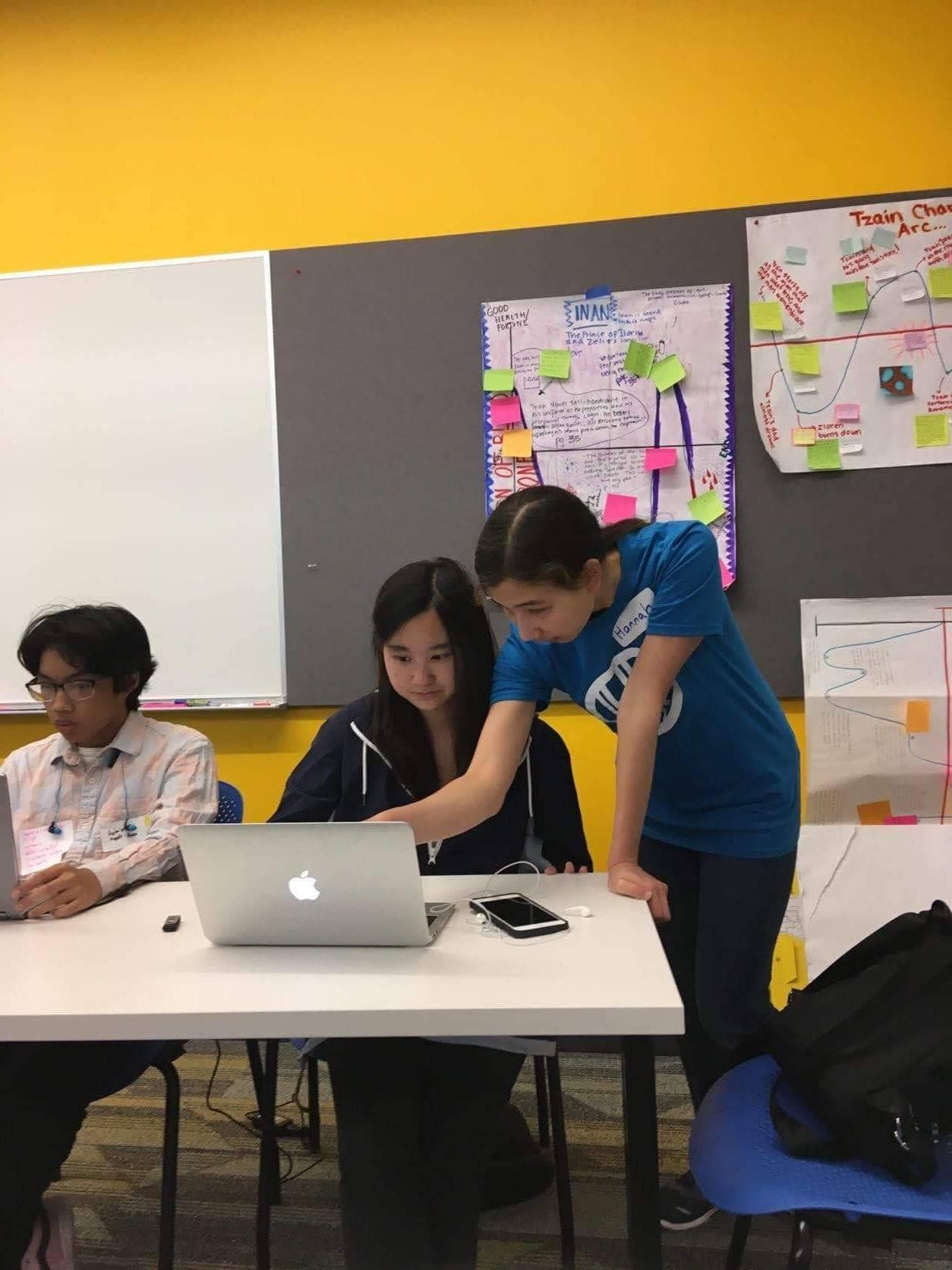 Hyphen-Hacks Mentor helping a student